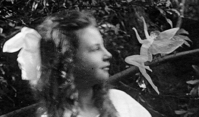 The Iron Skeptic - The Cottingley Fairies